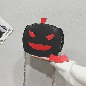 Handbags - Black and red pumpkin bay purse for Halloween
